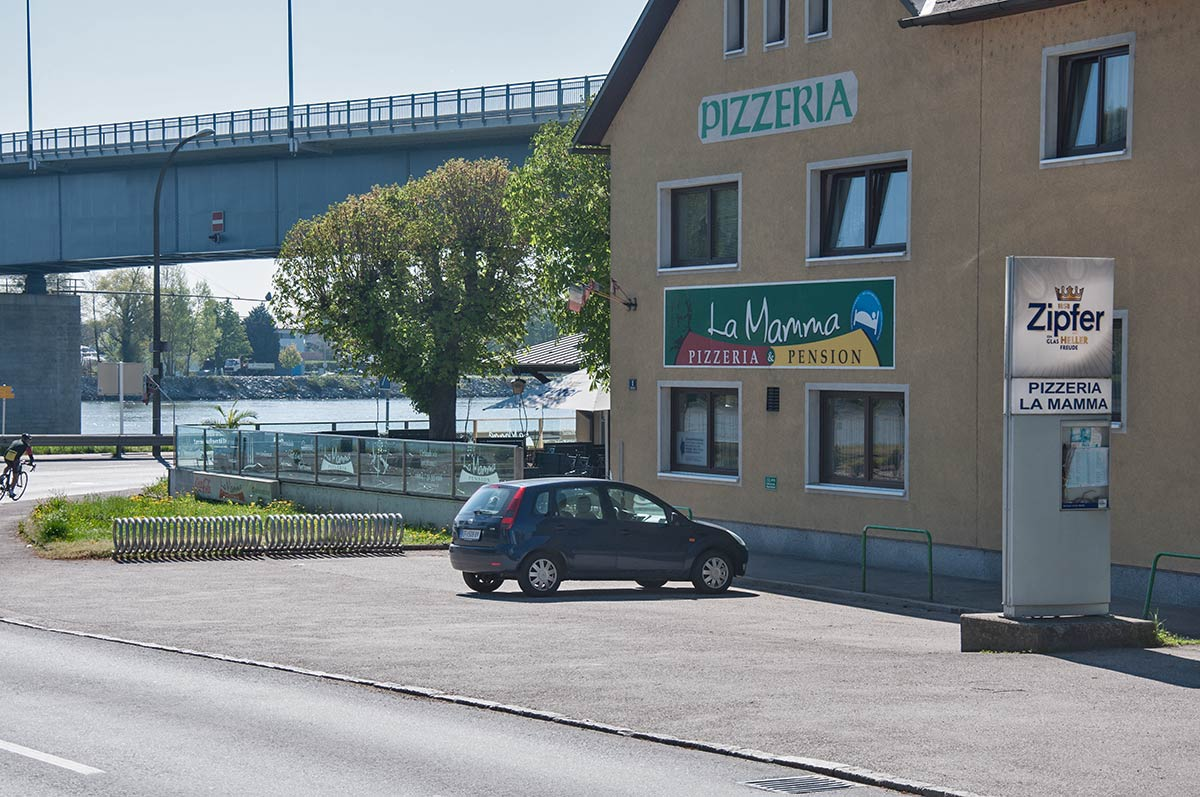 Pizzeria und Pension La Mamma